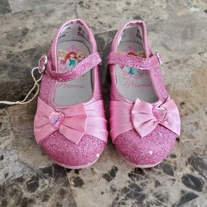Disney Princess/ Pink Girl Shoes / Size 7